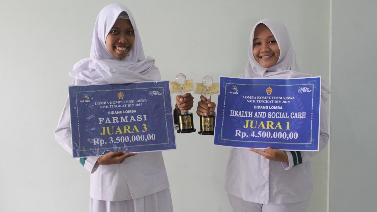 SMK Kesehatan Sadewa Meraih Juara 1 dan 3 Lomba Kompetensi Siswa Keperawatan dan Farmasi Tingkat Propinsi